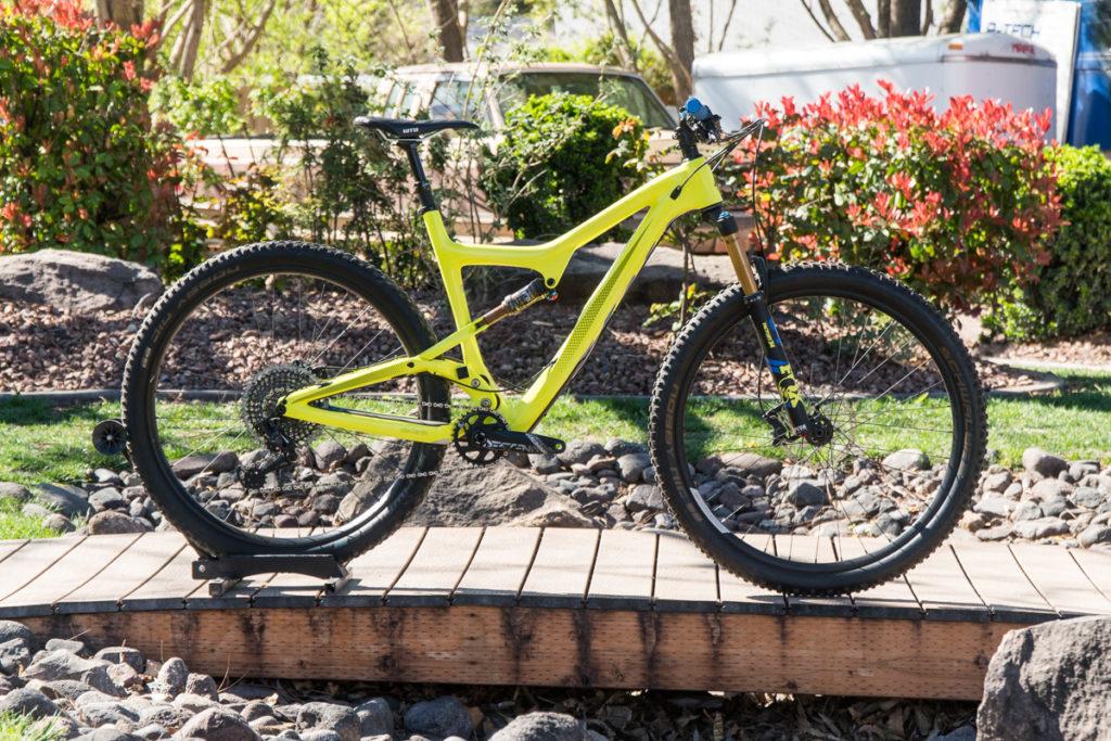 Demo Bike Sale | Used Mountain Bikes | Over The Edge Hurricane