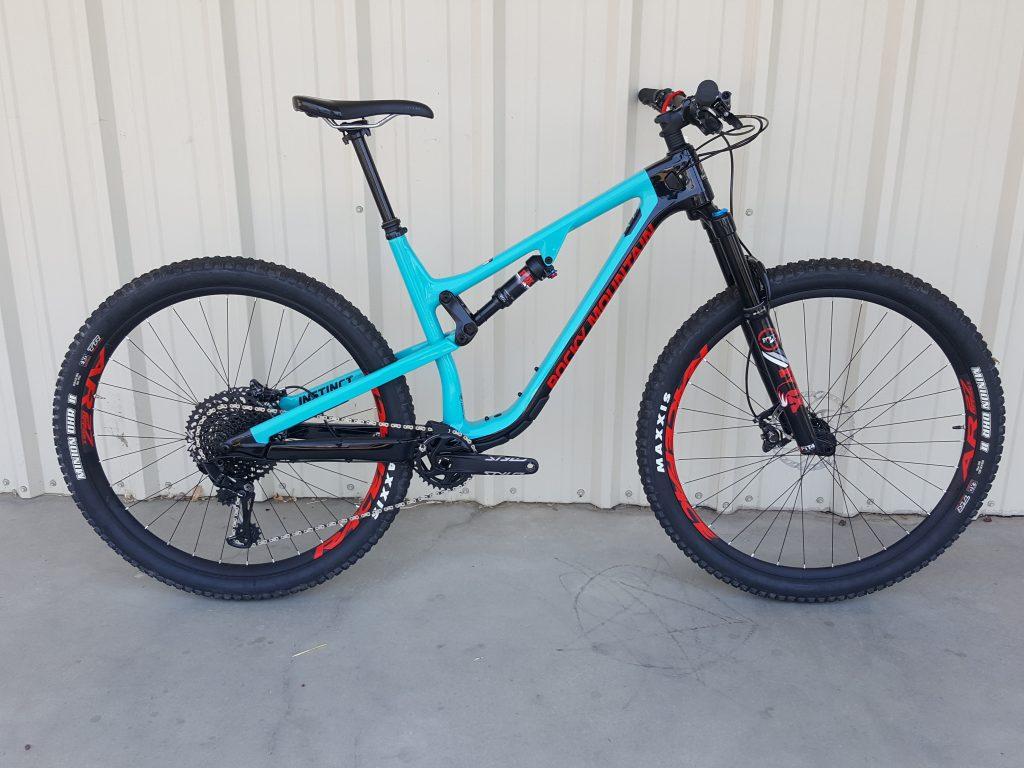Rocky Mountain Instinct Carbon 70--29er